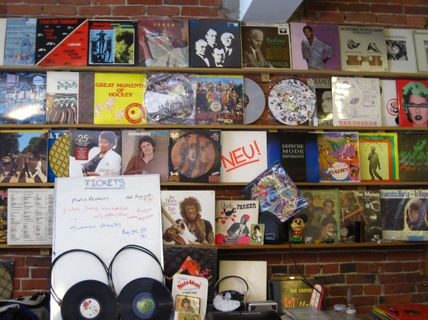 Vinyl picks